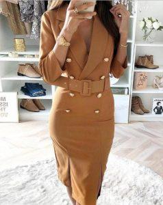 μπεζ φόρεμα χρυσά κουμπιά ζώνη μίντι
