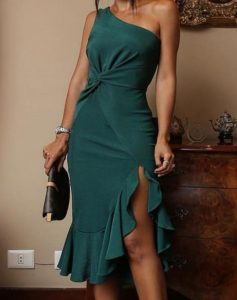 πράσινο φόρεμα σκίσιμο βολάν ένας ώμος