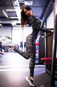 στρατιωτική γυναικεία φόρμα