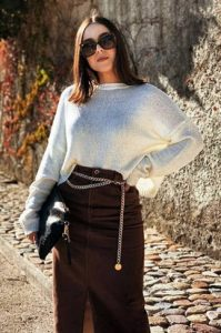ζώνη αλυσίδα φούστα μακριά άσπρο πουλόβερ στυλ ζώνης