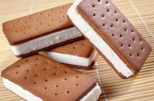 παγωτο σαντουιτς