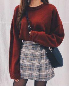 μπορντό πουλόβερ καρό φούστα