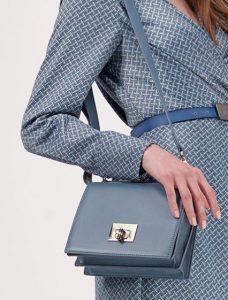 γαλάζια μίνι τσάντα