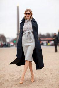 γκρι pencil φούστα πουκάμισο γόβες παλτό φορέσεις φθινόπωρο γραφείο