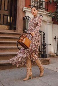 λαχούρ μάξι φόρεμα μπότες μπεζ φορέσεις φθινόπωρο γραφείο
