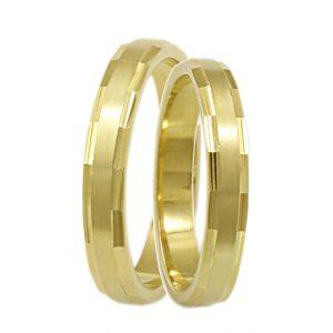 λεπτές, χρυσές βέρες γάμου
