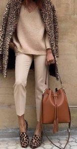 λεοπάρ παλτό παπούτσια μπεζ ρούχα