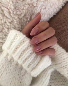 nude νύχια μεσαίο μήκος μπεζ