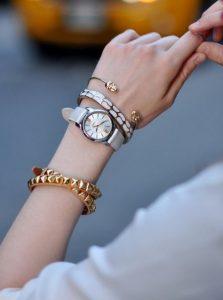 βραχιόλια συνδυασμένα με ρολόι