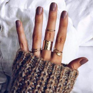 σκούρα nude νύχια χρώματα νυχιών φθινόπωρο