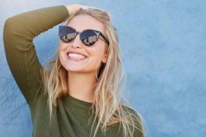 αυτοπεποίθηση χαμόγελο