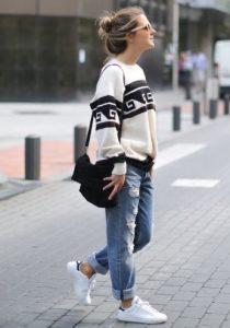 boyfriend τζιν παντελόνι άσπρο πουλόβερ