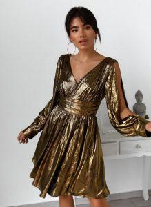 χρυσό φόρεμα