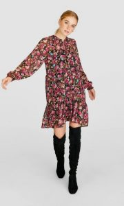 φλοράλ μακριμάνικο φόρεμα μπότες