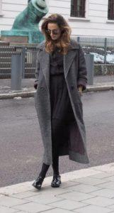 μακρύ γυναικείο παλτό ντύσιμο