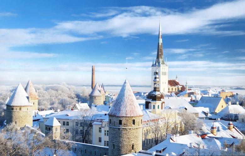 Ταλίν Εσθονία χιονισμένη πόλη