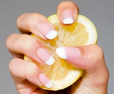 Λεμόνι και υγιή νύχια