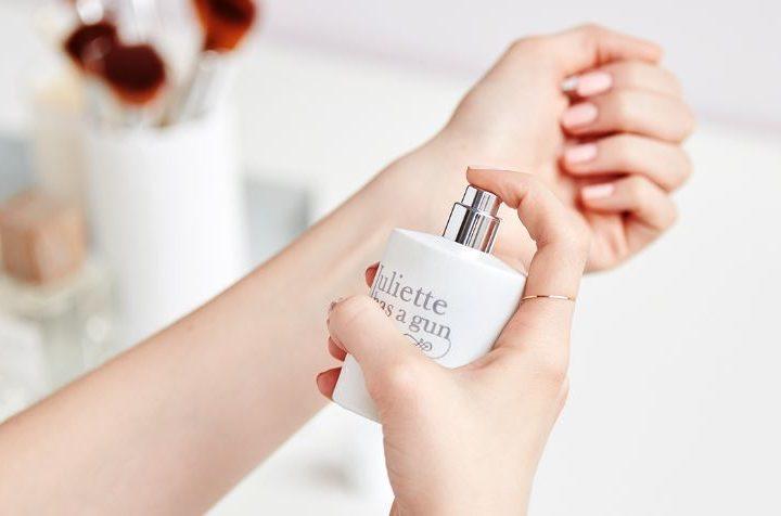 7 Μυστικά για να διαρκεί το άρωμα σου περισσότερο!