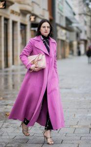 Μακρύ ροζ παλτό