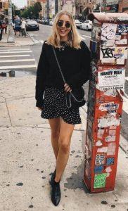 μαύρη φούστα πουά βολάν φούστα σωματότυπο