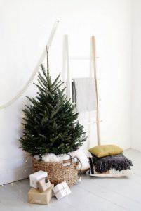 μικρό χριστουγεννιάτικο δέντρο διακόσμηση