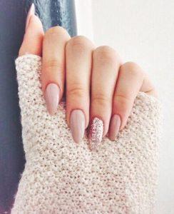 nude νύχια glitter χρώματα νυχιών χειμώνα