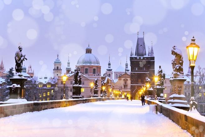 Χιονισμένοι δρόμοι στην Πράγα