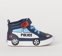 Αθλητικά αστυνομία κορδόνια