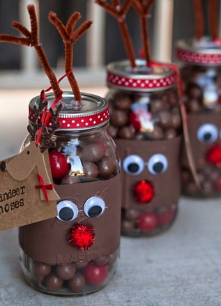 Γυάλινα βαζάκια με σοκολατάκια