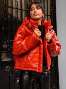 βινύλ κόκκινο μπουφάν γυναικεία πανωφόρια χειμώνα