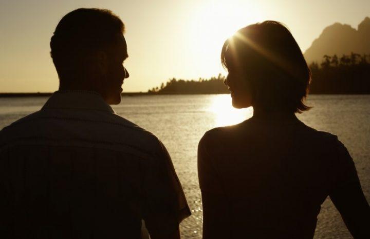 6 Διακριτικοί τρόποι για να του δείξεις ότι τον θέλεις!