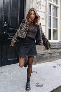 αρβυλάκι μαύρο δερμάτινο τζιν φούστα