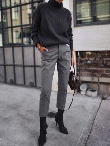 γκρι τσίνο παντελόνι μαύρο μποτάκι