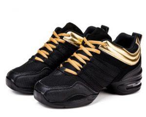 χρυσά παπούτσια προπόνησης