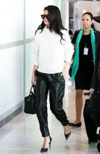 δερμάτινο μαύρο παντελόνι γόβες trends Χειμώνα