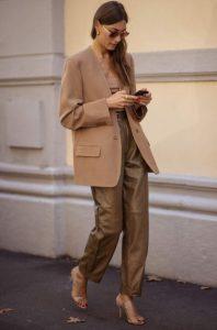 δερμάτινο καμηλό παντελόνι trends Χειμώνα