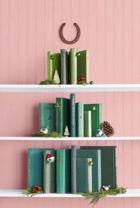 διακόσμηση με βιβλία Χριστούγεννα