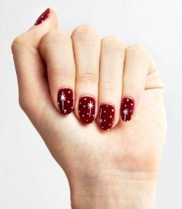 κόκκινα νύχια αστεράκια χριστουγεννιάτικα σχέδια νύχια