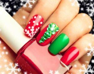 κόκκινα-πράσινα χριστουγεννιάτικα νύχια