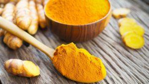σκόνη κουρκουμα κίτρινη νεανικό δέρμα
