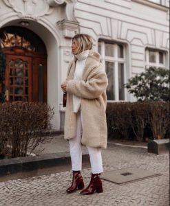 κρεμ παλτό λευκό σύνολο