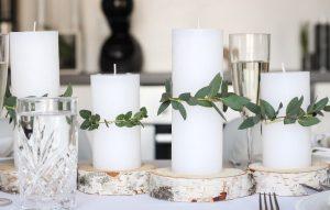 λευκά κερια,ασημένιες βάσεις