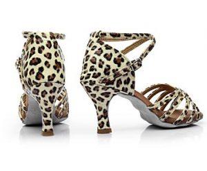 λεοπάρ λάτιν παπούτσι