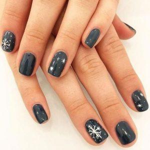 μαύρα νύχια χιονονιφάδες χριστουγεννιάτικα σχέδια νύχια