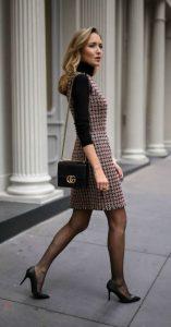 μαύρη γόβα πλεκτό φόρεμα