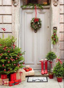 εορταστική αυλή πόρτα