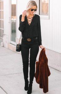ψηλή μαύρη μπότα μαύρο παντελόνι