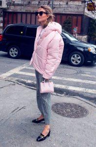 ροζ κοντό φουσκωτό μπουφάν