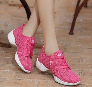 ροζ παπούτσια προπόνησης