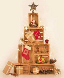 χριστουγεννιάτικο δέντρο από ξύλινα καφάσια